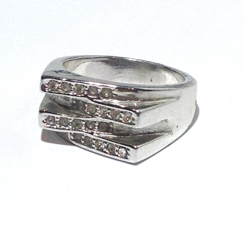 Ring FS152