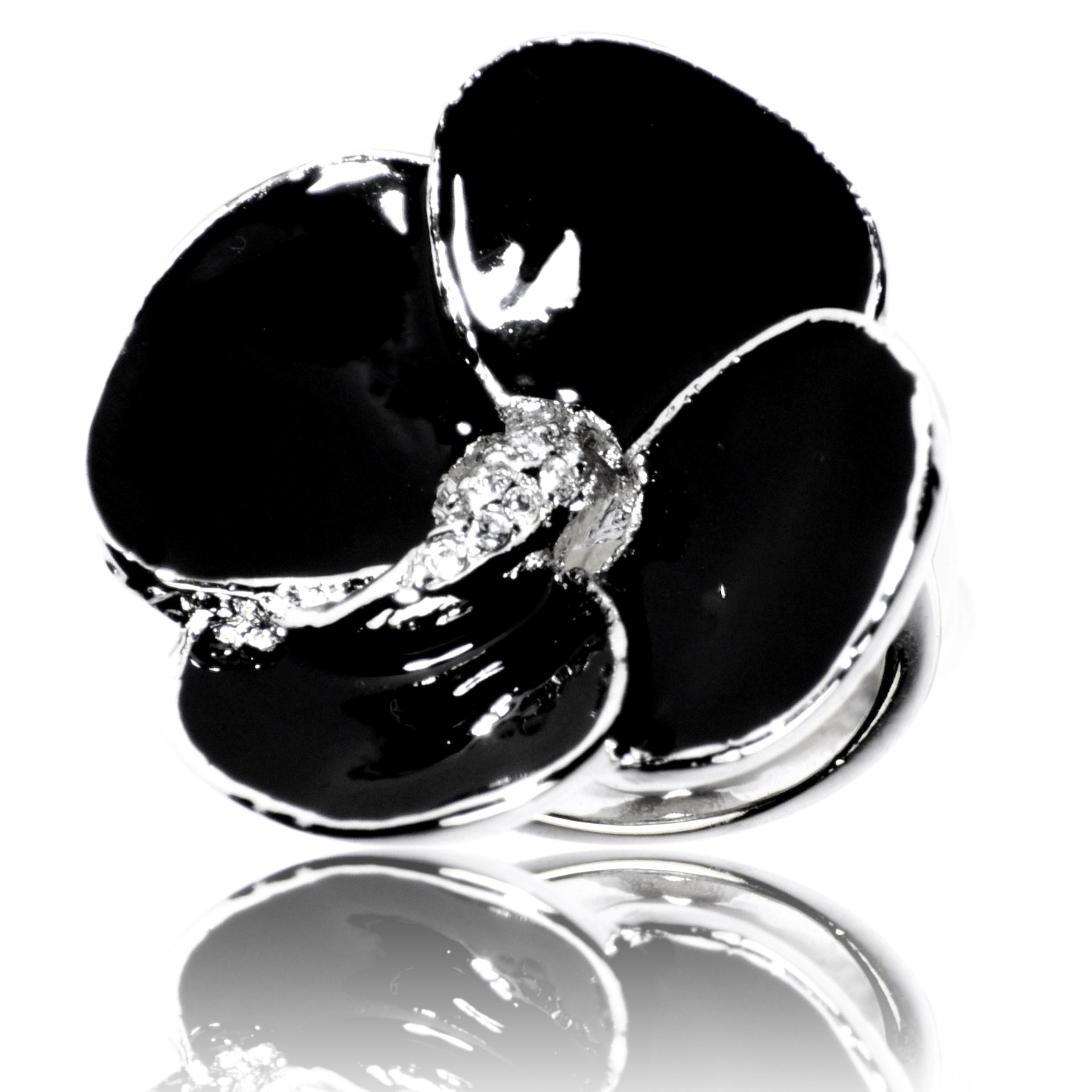Ring La Mystérieuse Noire