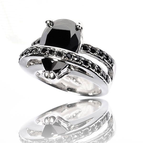 Ring La Larmoyante